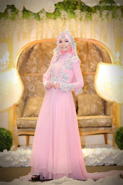 Baju Pernikahan Muslim Warna Pink 5 contoh baju pengantin muslim modern terbaru 2017