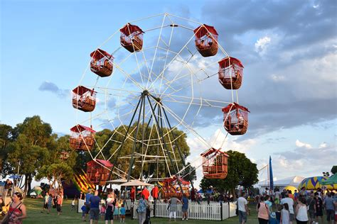 rye  rosebud carnival  mornington peninsulawittingslow amusements