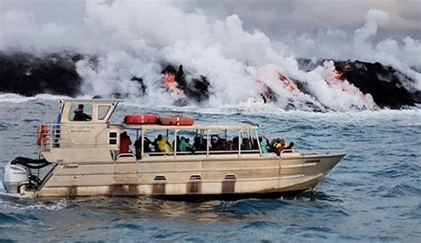 boat tour hawaii 23 injured by lava bomb flung into a tour boat on the big