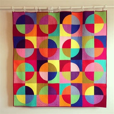 solid color quilts 25 best drunkards path quilt ideas on