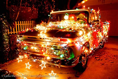 best christmas decirations for car 12 decorated cars