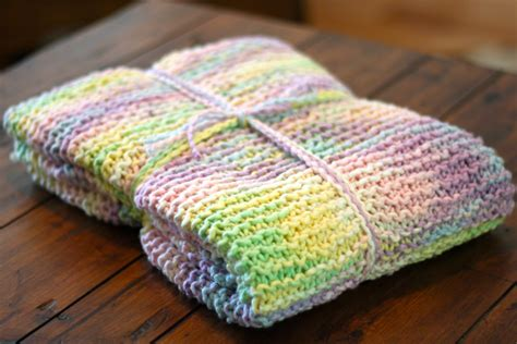 Best Yarn For A Baby Blanket by Variegated Yarn Baby Blanket Ramshackle Glam