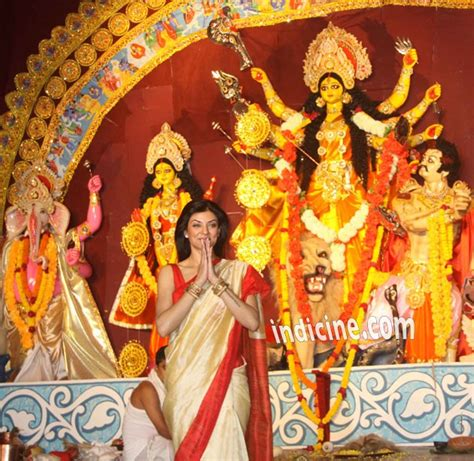 Sushmita Sen graces Durga Puja in Mumbai
