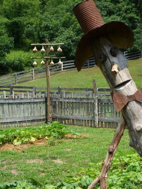 Scarecrow Garden Decor 48 Best Rustic Scarecrows Images On Pinterest Scarecrows Gardening And Garden