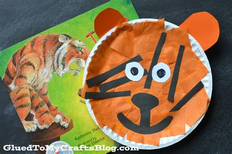 Tiger Paper Plate Craft - paper plate tiger kid craft glued to my crafts