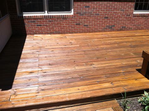 beautiful newly stained deck  cabot australian timber