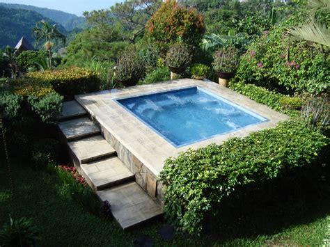 vasca idromassaggio da giardino da esterno