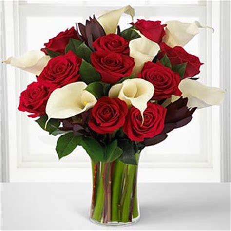 spedire fiori a distanza spedizione e consegna fiori composizioni di fiori