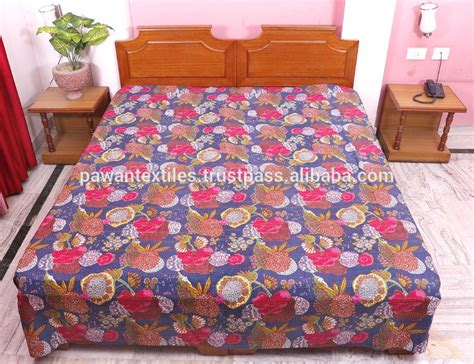 Cheap Handmade Quilts - bulk sale of 100 cotton vintage handmade paisley
