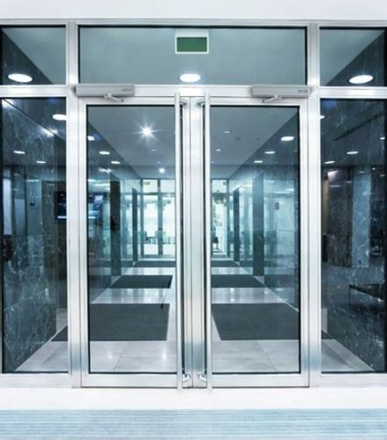 swing door automation product page for 950 swing door operator