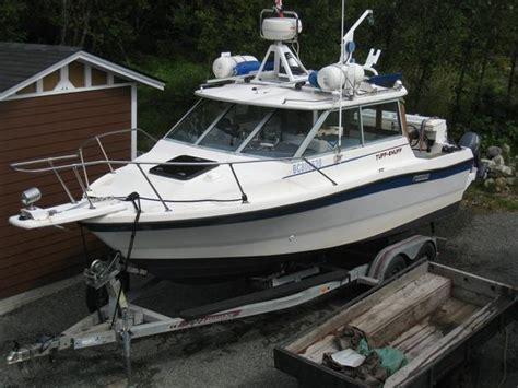 trophy boats nanaimo 21 ft bayliner trophy hard top with alaskan bulkhead