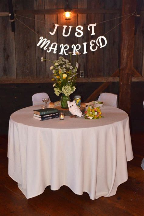 wedding sweetheart table decor photograph sweetheart table