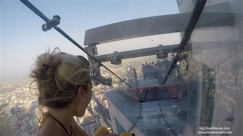 glass slide skyscraper glass slide atop skyscraper in la is terrifyingly fun