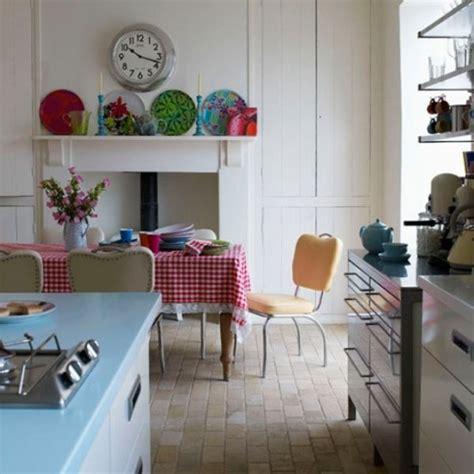 retro modern kitchen decorating ideas open kitchen kuchnia retro mieszkaniowe inspiracje