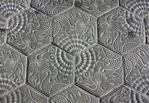 que es tile pattern en español walking on art the history behind barcelona s tiles