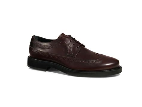most comfortable wingtips the 15 most stylish and ultra comfortable rubber soled