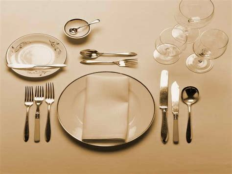 dinner table setting dining room formal dinner table setting ideas how to set