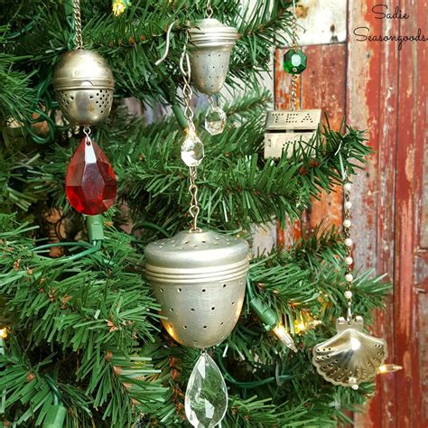 host a christmas ornament making party upcycled diy ornaments allfreeholidaycrafts