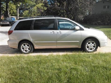 Toyota 2004 Mpg Find Used 2004 Toyota Siena Xle 148 204 Mileage In