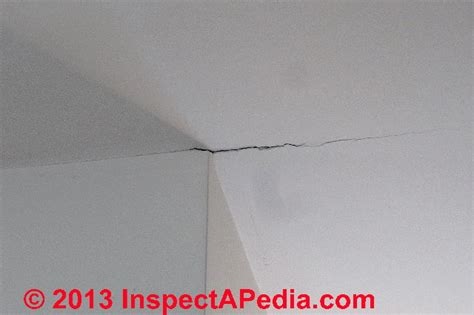 What Causes Ceiling Cracks by Cracks Between Wall And Ceiling Lightningsoft