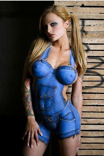 body paint women