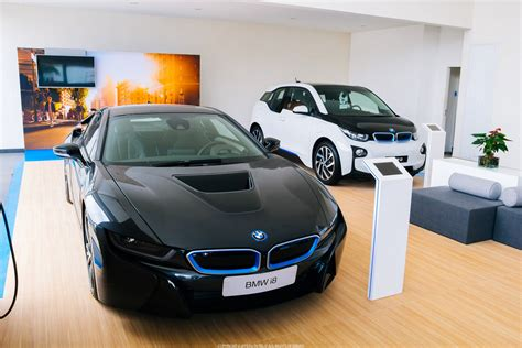 bmw i8 colors bmw i8 and i3 black and white exterior colors hybrid