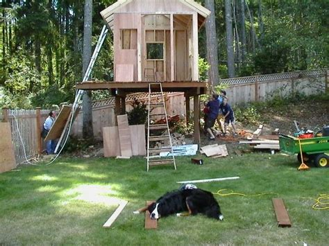 diy backyard forts diy backyard fort outdoor furniture design and ideas