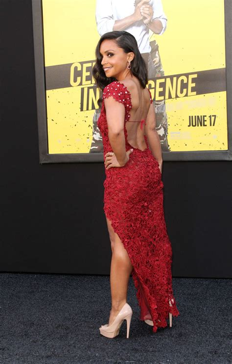 iq le danielle nicolet central intelligence premiere in westwood