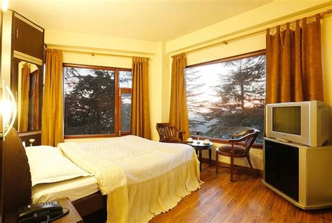 Hotel Room Rent In Shimla deluxe room jpg