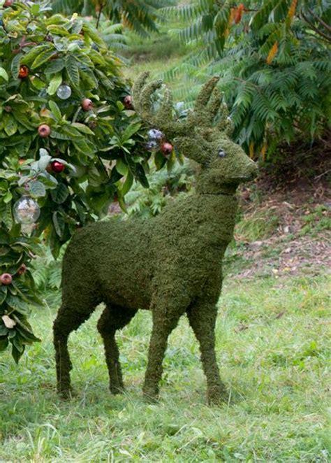 deer topiary deer garden sculpture create a show stopping display in