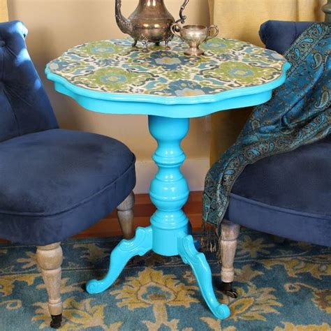 Decoupage Wood Table - 10 unique ways to update a table with decoupage