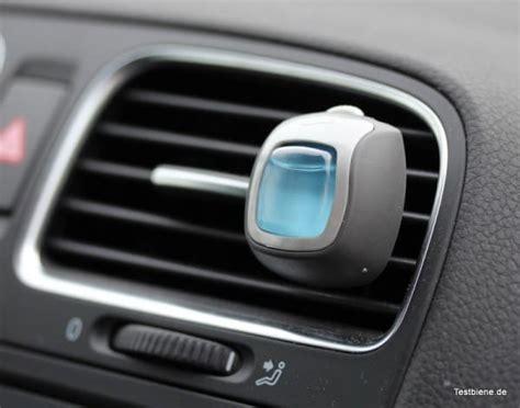 Duftspender Auto febreze car lufterfrischer f 252 r das auto testbiene