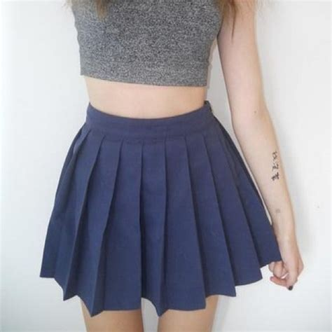 womens solid pleated mini skirt