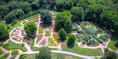 20 Places To Visit In Springfield Mo Sarah Scoop Botanical Garden Springfield Mo