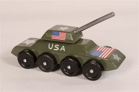 the tank pinewood derby scouts pinterest