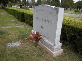 461 best famous graves images on pinterest | famous graves