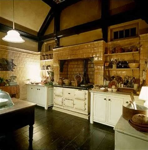 practical magic kitchen floor plan