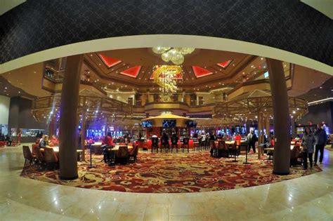 asian themed hotel vegas asian themed casino resort in las vegas lucky dragon halts
