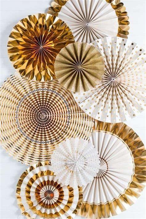 ghirlande di fiori di carta oltre 25 fantastiche idee su ghirlande di carta su