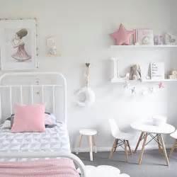 25 Best Simple Girls Bedroom Ideas On Pinterest Small