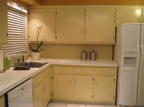 hgtv painting kitchen cabinets how to paint kitchen cabinets kitchen ideas design