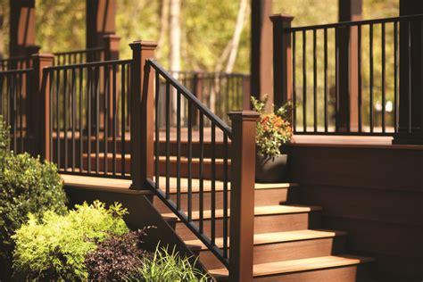 sleek  sturdy railing  trex builder magazine