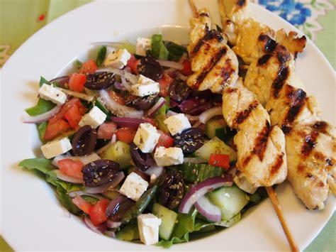 Greek Salad Recipe With Grilled Lemon Chicken Culicurious | greek salad recipe with grilled lemon chicken culicurious