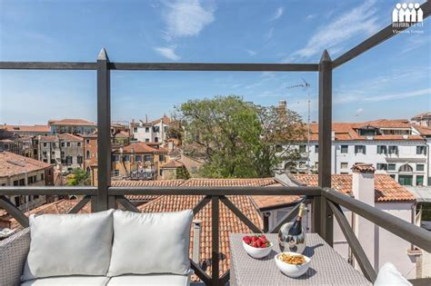 venice roof terrace 30 best venice apartment terraces and altana images on