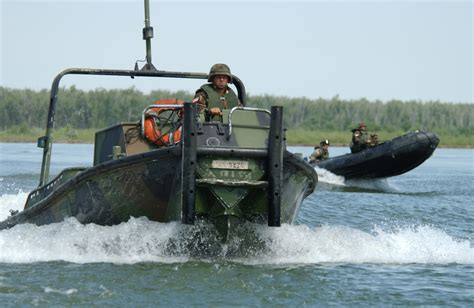 army boats military boats wallpapers high quality download free