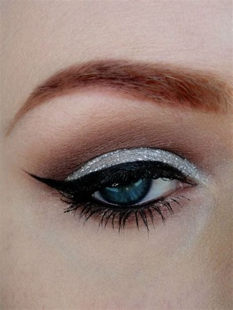 Eyeshadow Silver silver eye makeup makeup ideas
