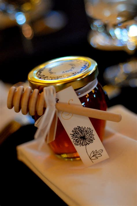 Wedding Favors Honey Jars by Honey Jar Favor Ideas