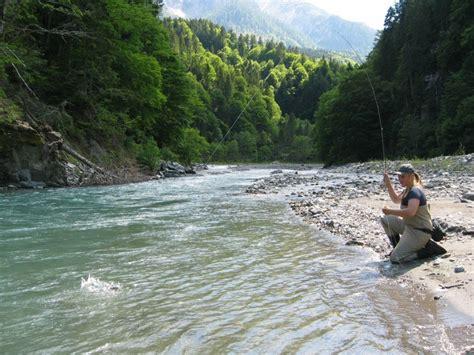 pesca acque interne pesca in acque interne la licenza non ha pi 249 scadenza
