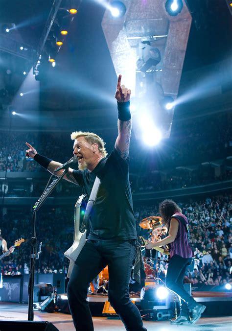metallica concert indonesia promotor siapkan 200 ribu watt untuk konser metallica