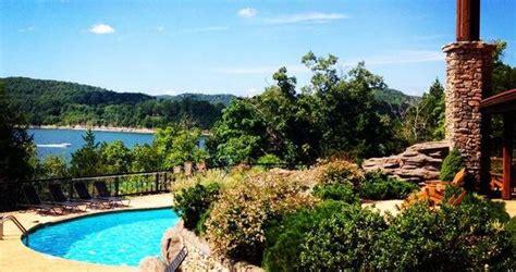 Resort Getaways For Couples 20 Best Missouri Weekend Getaways Destinations